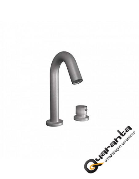 quaranta-ceramiche-miscelatore-lavabo-focus
