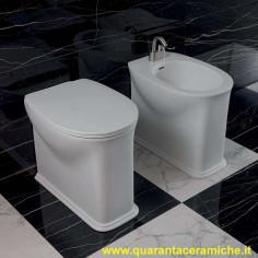 Sanitärkeramik mit Wandanschluss Flaminia Madre WC Goclean Bidet und Toilettensitz mit Slow Close Funktion slim