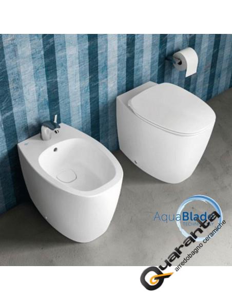Ideal Standard Dea bianco matt sanitari filo muro vaso AquaBlade, bidet e coprivaso rallentato