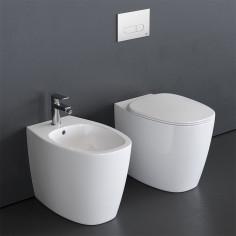 Sanitari filo muro Ideal Standard Dea vaso AquaBlade bidet e coprivaso slim rallentato