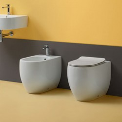 Sanitärkeramik mit Wandanschluss Kerasan Flo 52 WC Norim Bidet Toilettensitz slim Slow Close